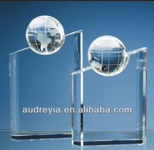 Hot sale crystal globe awards plaques