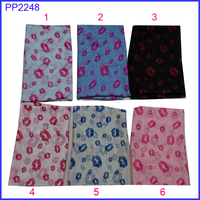 Beautiful sex lip print lady wholesale scarf shawl