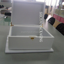 Custom luxury Wood box Exquisite gift wooden box,wooden boxes with white, high gloss lacquer finish.
