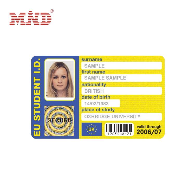 Livre modelo de cartão de identificação de impressão colorida com foto