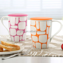 factory outlets wholesale ceramics cups with filter and silicone lid