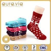 2015 wholesale women girls embroidery logo Long socks