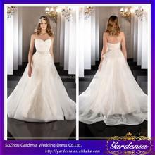 Elegant White A-line Sweetheart Lace Appliqued Beaded Bottom Back Sleeveless Floor Length Latest Decent Wedding Dresses AC145