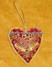 Heart Shape Christmas Decoration Hanging With Delicate Art Work