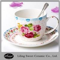 Model flower design tea cup and saucer