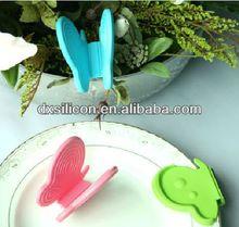 FDA LFGB promotional wholesale Christmas gift item cast iron plant pot holder