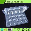 透明なプラスチック製の卵の包装容器