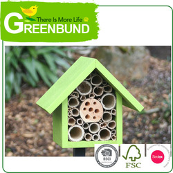 Deluxe Wooden Bird House Nest Cage Hanging Wild Life Care