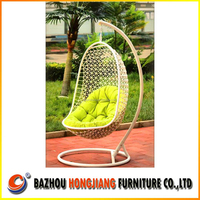 Luxury 2015 New Design Cheap poly rattan wicker swing hanging egg chair