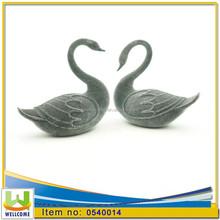 Resin Decorative black flocking Pair Wedding Favors swans