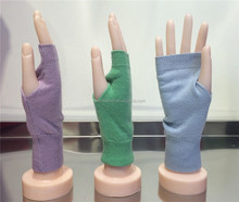 2014wholesale cute fingerless cashmere gloves for women