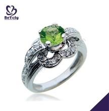 testimonios de piedra verde diseño de la flor anillo de venta al por mayor conjunto
