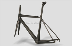 Only 780g Toray T1000 Full Carbon Road Frame Popular Carbon Road Bike Frame OEM 700C Bicycle Frame