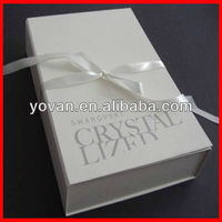 White Magnetic Collapsible Paper Box With Ribbon