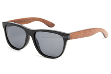 Handcrafted black buffalo horn eyewear with wood/bamboo temple