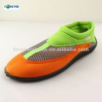 wholesale water aqua beach shoes Walk on water shoes