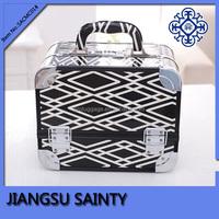 Diamond pattern aluminium cosmetic box