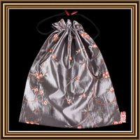 High quality different colors flowery embroidered lingerie bag pouch