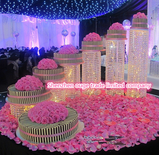 2014 New Product Beauttiful Bling Cake Stand For Wedding