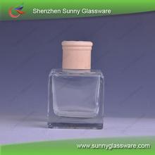 La <span class=keywords><strong>fragancia</strong></span> de vidrio botellas de aceite con tapa de madera