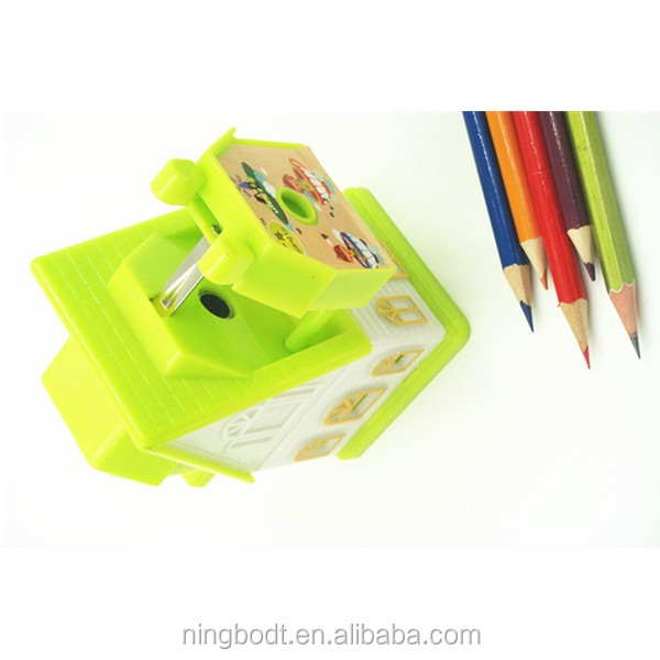 Fancy green pencil sharpeners for easy and safe sharpening23.JPG