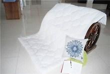 soomth cotton silk and velvet quilt