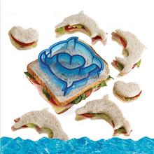 Animal shape plastic sandwich mold/mould making cutter
