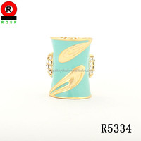 China wholesale 2014 fashion jewelry rectangle gold ring light green enamel pretty ring for lady