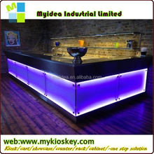 2013 TW latest popular red side white top modern elegant look bar counter free standing modern bar counter for sale
