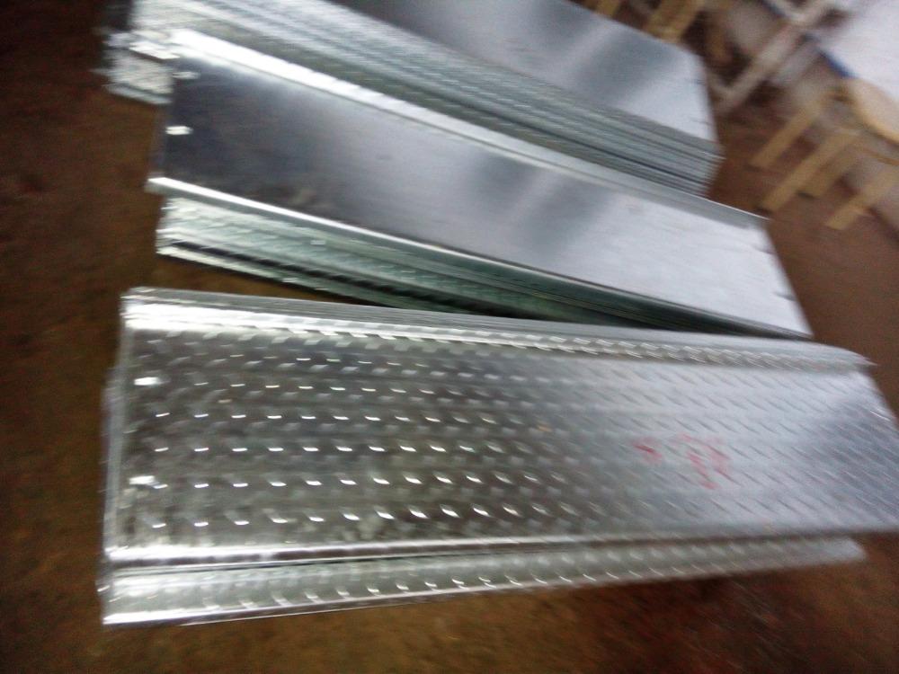 Anti slip et anti corrosion m tal galvanis chequer plaque - Plaque acier 5mm ...