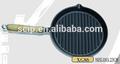 Fonte de fer rond grill poêle à frire un manche en bois, grill poêle à frire avec une buse