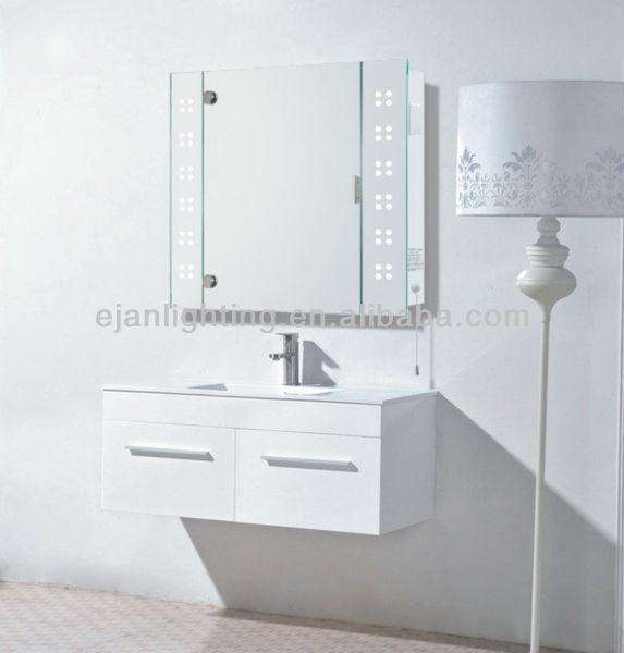 Miroir salle de bain avec prise ordinary conforama for Colonne miroir pivotant