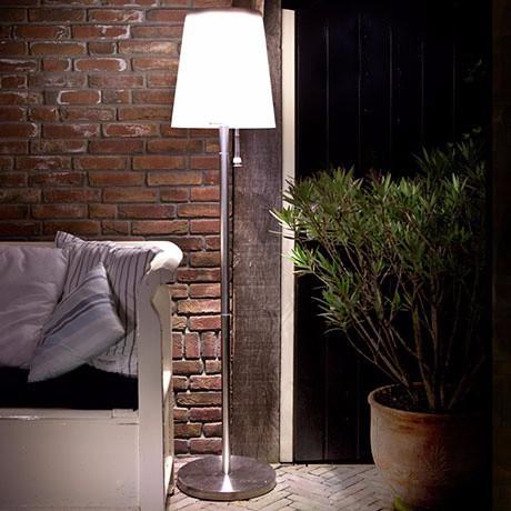 26 28 outdoor patio white charging roots 5 solar floor lamp buy. Black Bedroom Furniture Sets. Home Design Ideas