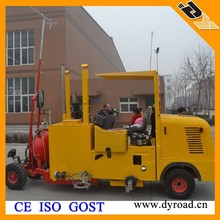 Thermoplastic Sceeding Roadmarking Machine, Construction Equipment Manufacturer