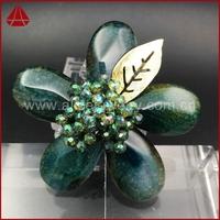 Spring feeling fashion green teardrop prehnite brooch for wedding invitation, hijab pins, prehnite brooch