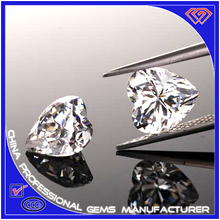 Factory direct sale heart gems in different sizes and colors