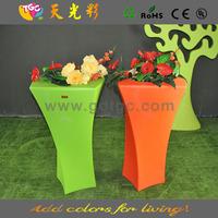 square plastic vases for flower arrangement