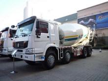Howo 8 x 4 16 mètres cubes concrete mix camion 12 roues à vendre