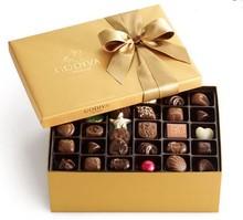 Caja cuadrada de regalo de papel para chocolate con diseño propio