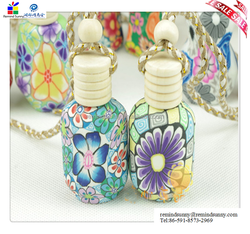 beautiful Innovative car and house hanging scents ceramic bottle
