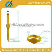 Adjustable Custom Waterproof Silicone Smart Wristband plain red logo printed nfc rfid wristbands
