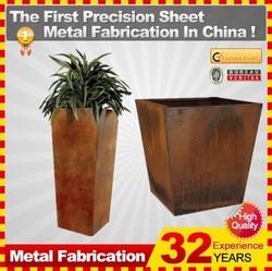 Corten Steel Rectangular Flower Planter with Traditional Complement