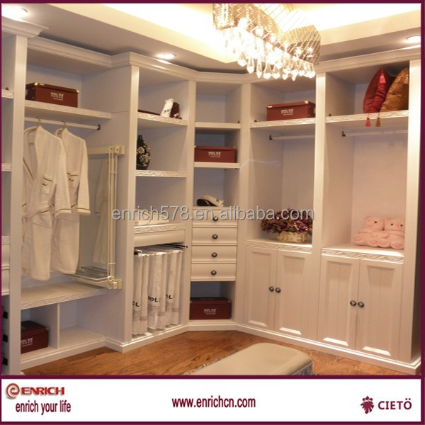 Walk in closet pequenos con ba o for Walking closet modernos pequenos