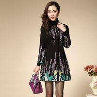 3XL!Best Quality Runway Coat 2015 Autumn Winter Women Leaves Floral Embroidery O-Neck Covered Button Long Trench Outerwear Plus