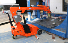 Electric glass vacuum lifter