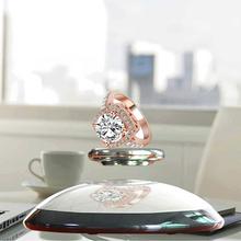 Alta tecnología giratoria 360 degree semicírculo base de carga máxima de 300 g flotante exhibición de la joyería