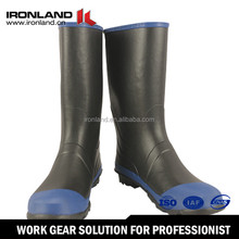 New product rubber rain boots over shoe