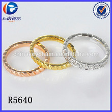 la arabia saudita de oro anillo de bodas precio