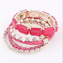 Exaggerated Plastic Artificial Pearl Charm Bracelet