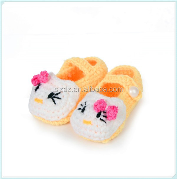 Cute Hello Kitty Pattern Crochet Baby Shoes Mutil Color Crochet Baby ...